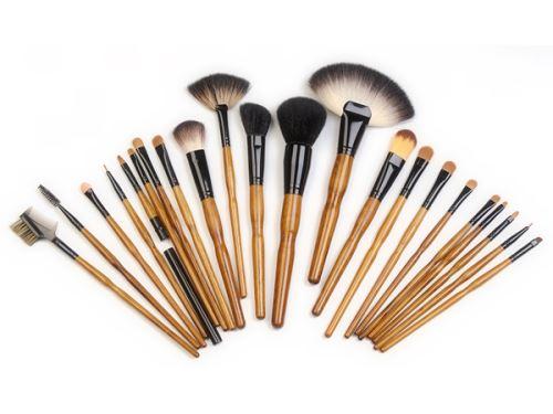 Рекомендации по хранению кисточек для макияжа